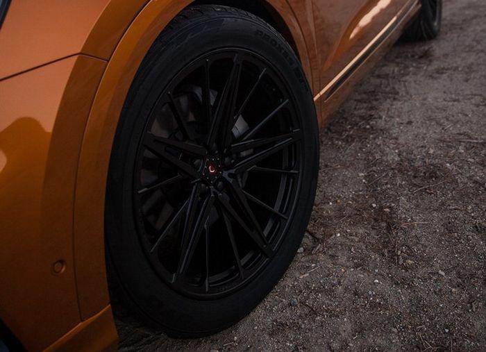 Pelek Vossen terbaru M-X6 dari seri MX ukuran 21 inci