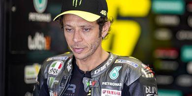Dilema Valentino Rossi Tatkala Murid dan Adiknya Membalap