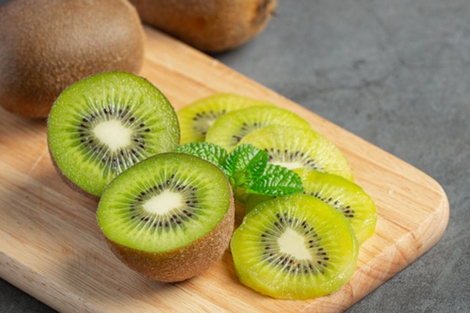 Cuma Rutin Makan Buah Kiwi Setiap Hari, Siap-Siap Rasakan Perubahan Ini  pada Tubuh