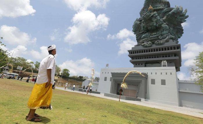 Obyek wisata Garuda Wisnu Kencana ( GWK) yang terletak di kawasan GWK Cultural Park, Bukit Ungasan, Kabupaten Badung, Bali