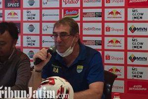 Syarat Robert Rene Alberts Jika Persib Bandung Dipaksa Menggelar Latihan