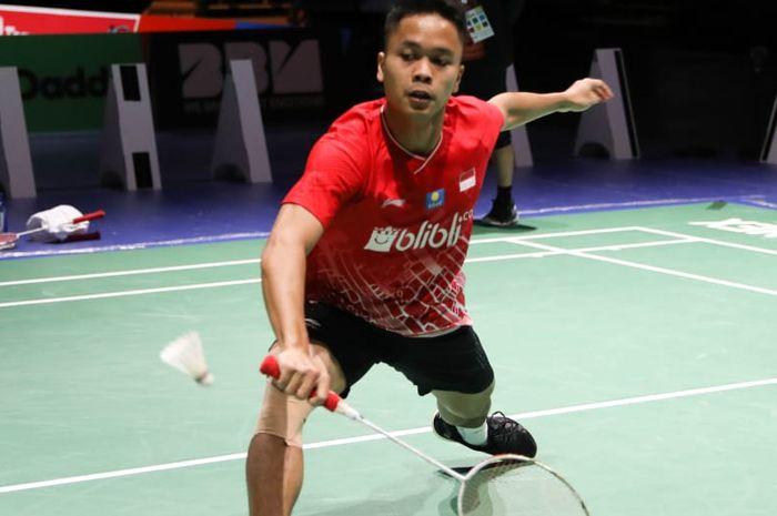Pebulu tangkis tunggal putra Indonesia, Anthony Sinisuka Ginting, sedang berlatih menjelang Kejuaraan Dunia 2019.