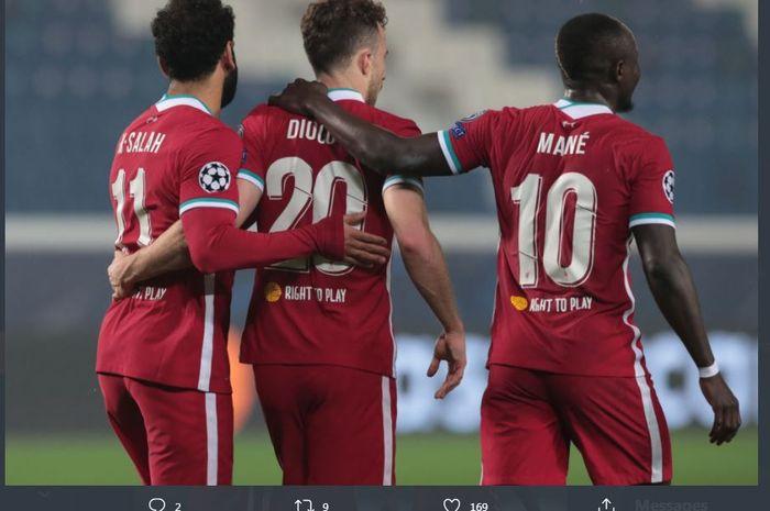 Trio penyerang Liverpool, Mohamed Salah, Diogo Jota, dan Sadio Mane, melumat Atalanta dalam partai Liga Champions di Gewiss Stadium, 3 November 2020.
