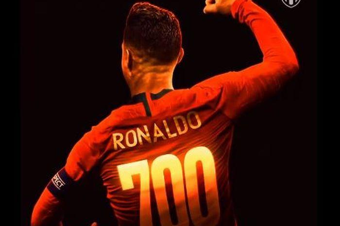 Megabintang timnas Portugal, Cristiano Ronaldo, mencetak gol ke-700 saat melawan timnas Ukraina dalam laga Grup B Kualifikasi Euro 2020 di Stadion NSK Olimpiyskyi, Senin (14/10/2019).