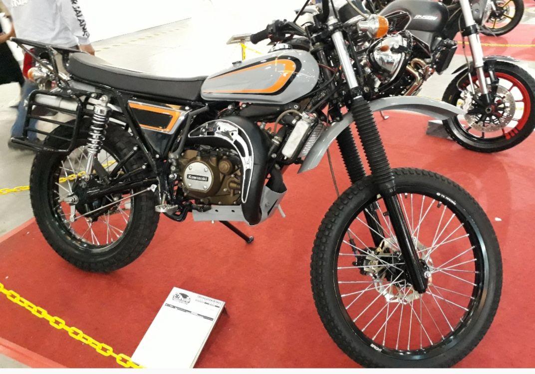 Tampil Gagah Motor Trail Hasil Kawin Silang Yamaha Rx K Dengan