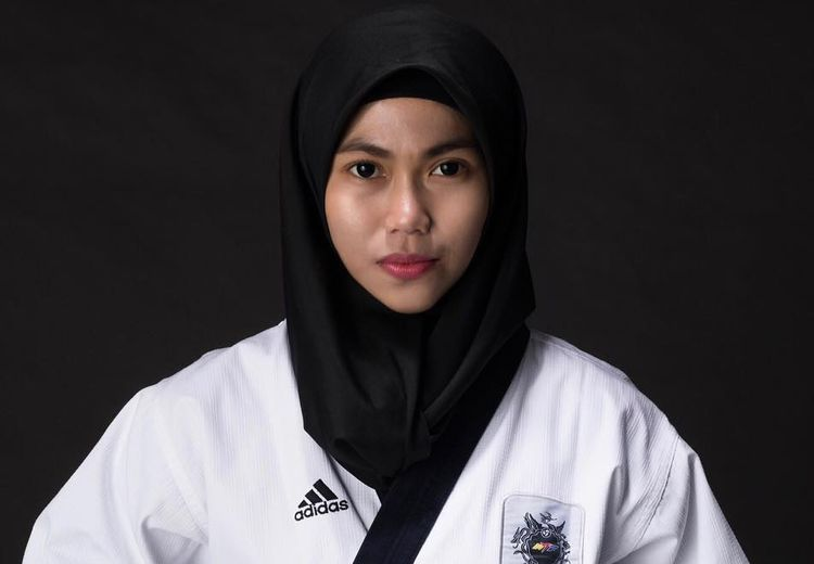 Defia Rosmaniar, Beri Medali Emas Pertama untuk Tim Merah Putih di Asian Games 2018!