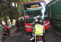 Enggak Berkutik, Polisi Pukul Mundur Bus Ngeblong di Tuban, Sopir Langsung Keringet Dingin