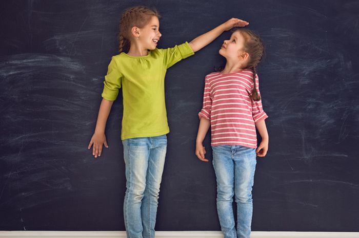 Tak hanya sebabkan tinggi badan rendah, stunting ternyata juga berdampak buruk bagi kesehatan anak.