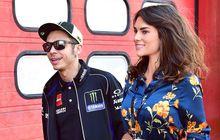 Ayah Valentino Rossi Percaya Anaknya Masih Punya Peluang Juara