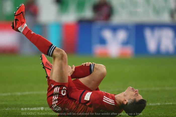 Striker Bayern Muenchen, Robert Lewandowski, mengalami cedera.