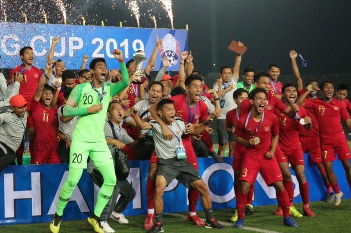Timnas Indonesia berhasil menjadi juara dalam Piala AFF U-22 2019 setelah mengalahkan Thailand di partai final dengan skor tipis 2-1, Selasa kemarin (26/2).