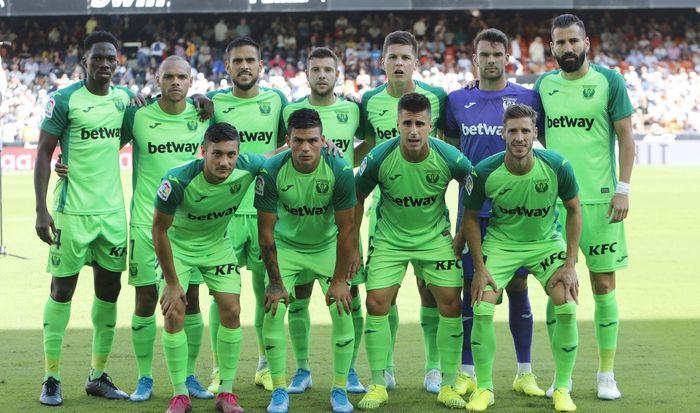 Para pemain Leganes bersiap jelang laga Liga Spanyol kontra Valencia.
