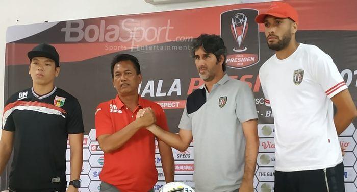 Jumpa pers Mitra Kukar dan Bali United, Sabtu (2/3/2019). Kedua tim akan bertanding pada laga Grup B Piala Presiden 2019 di di Stadion Patriot Chandrabhaga, Kota Bekasi, Minggu (3/3/2019), pukul 19.00 WIB.