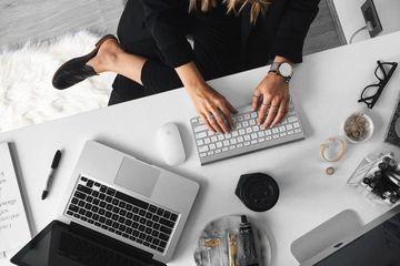 Info Lowongan Kerja 2021 Untuk Perempuan Posisi Admin Sosmed Domisili Depok Gaji Hingga 4 Juta Semua Halaman Stylo
