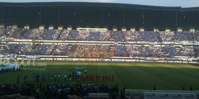 Pemkot Bandung Akan Diuntungkan jika Persib Mengambil Alih Stadion GBLA