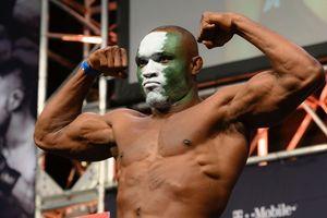 Kamaru Usman Berjejer dengan Nama-nama Terbesar di UFC