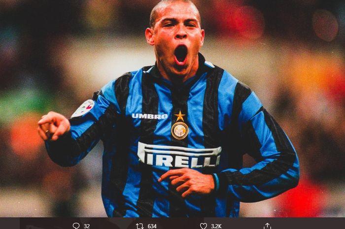 Ronaldo Nazario saat berseragam Inter Milan. Ia merupakan idola dari penyerang Persib Bandung, Wander Luiz.