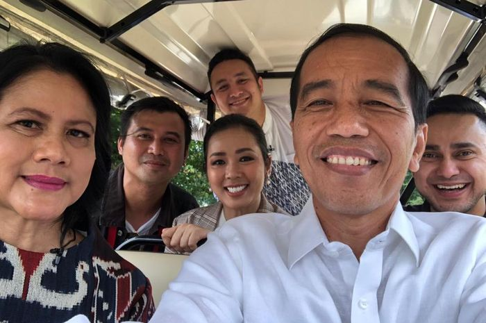 Presiden Jokowi, Ny Iriana Jokowi, Gilang Dirga, Soimah, dan Ramzi.