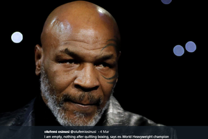 Pernah Dikalahkan Mike Tyson, Petinju Ini Siap Balas Dendam dalam Laga Bernilai Rp 15,9 Miliar