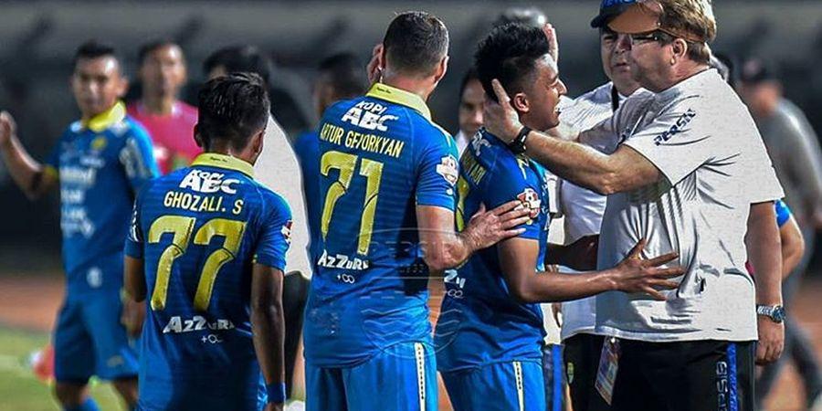 Drama 4 Gol, Persib Kembali Gagal Raih Kemenangan Saat Hadapi Borneo FC