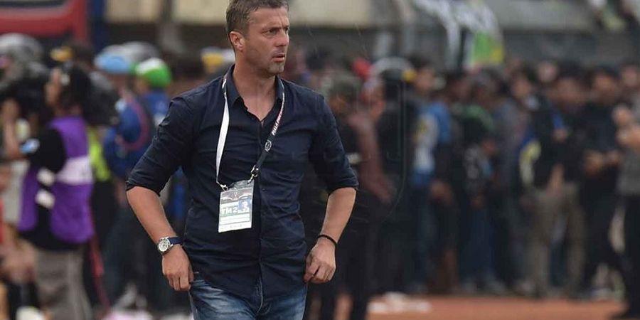 Miljan Radovic Dituntut Satu Hal Oleh Manajemen Persib Usai Gagal di Piala Presiden 2019