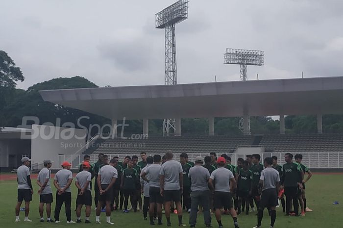 Latihan timnas U-22 Indonesia di Stadion Madya, Jakarta, Senin (28/1/2019).