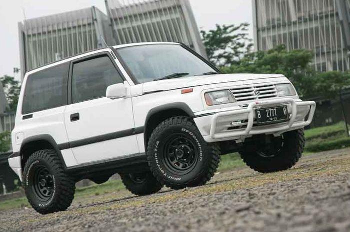 Suzuki Vitara 1992 dua pintu yang langka di pasaran