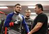 Pelatih Ogah Khabib Nurmagomedov Bunuh Diri di Duel UFC Paling Terkutuk