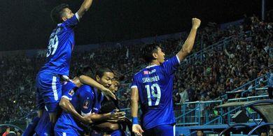 Arema FC Penasaran dengan Madura United dan Tantang di Laga Uji Coba