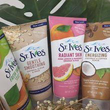 St. Ives Face Scrub Terbuat dari Bahan Alami, Wajah Jadi Halus, Segar dan Bercahaya!