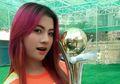 Tonton Piala AFF 2018 di Suite VIP, Sosok Cantik Ini Jadi Perdebatan di Media Sosial