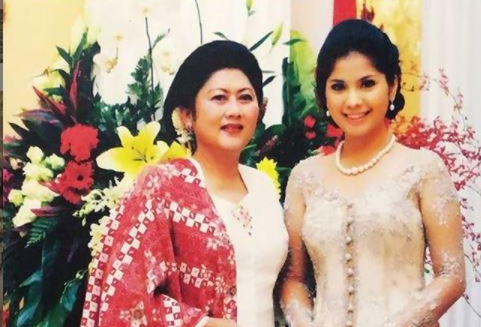 Annisa Pohan bersama Ani Yudhoyono