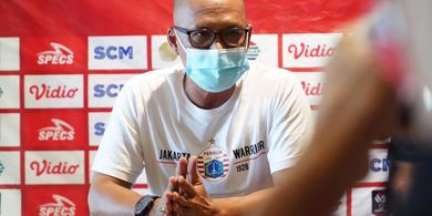 Kembali Ketemu PSM Makassar, Pelatih Persija Bicara Patrich Wanggai