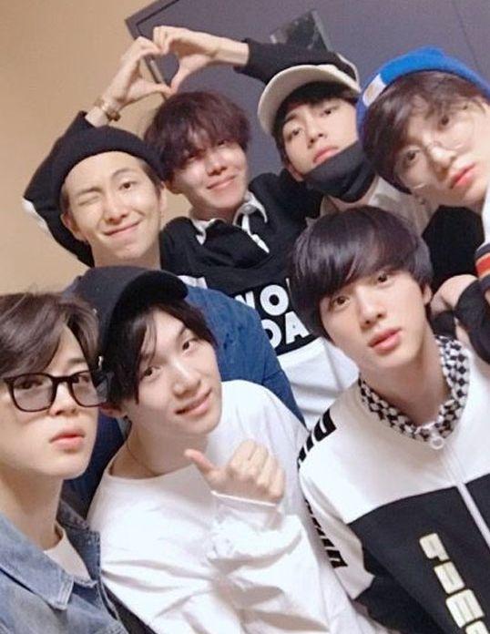 BTS tanpa riasan wajah