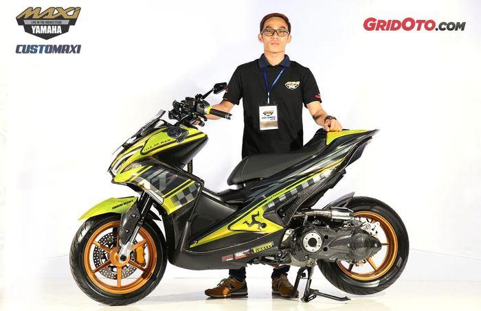 Yamaha Aerox Best Decal di Customaxi Yamaha seri Bandung 2019