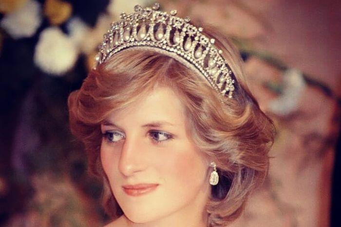 Hanya karena logo, Putri Diana tak lagi kenakan brand bermerek Chanel