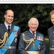 Pangeran Charles Ulang Tahun, Tersebar Foto Lawasnya Saat di Gendongan Ratu Elizabeth II