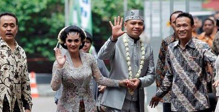 Pernikahan Krisdayanti dan Raul Lemos