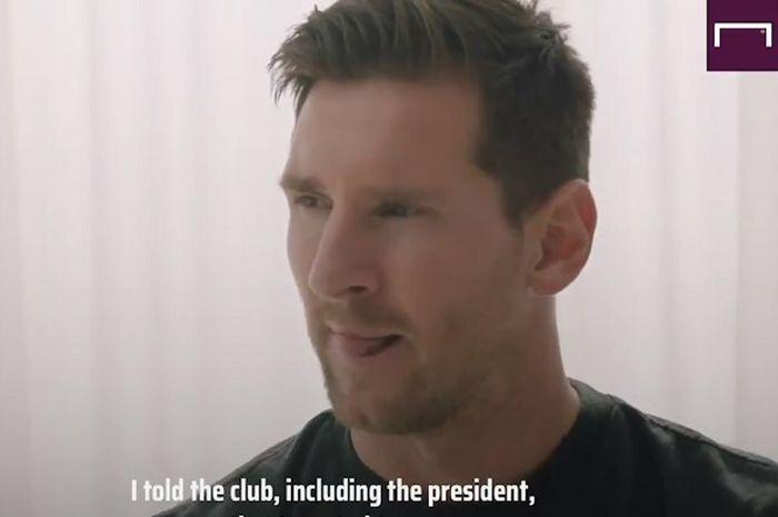 Megabintang Barcelona, Lionel Messi, memilih bertahan di Camp Nou.