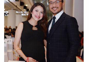 Tak Kunjung Melahirkan di Usia Kandungan 10 Bulan, Istri Giring Eks 'Nidji' Jalan Jongkok, Benarkah Percepat Persalinan?