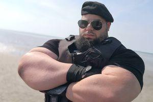 Hulk dari Iran Diprediksi bakal Gagal di Arena Adu Jotos Tanpa Sarung Tangan