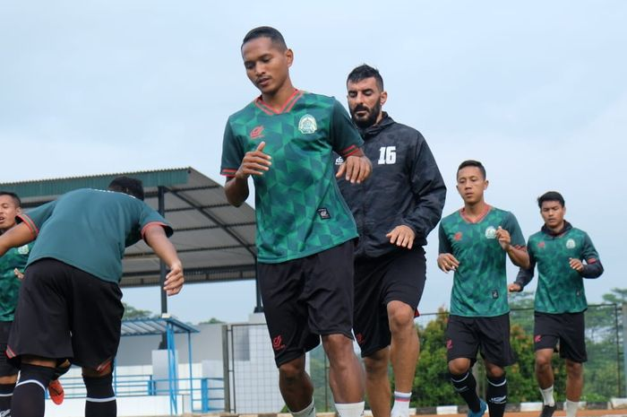 Bek Tira Persikabo, Abduh Lestaluhu baru kembali bergabung latihan bersama tim.
