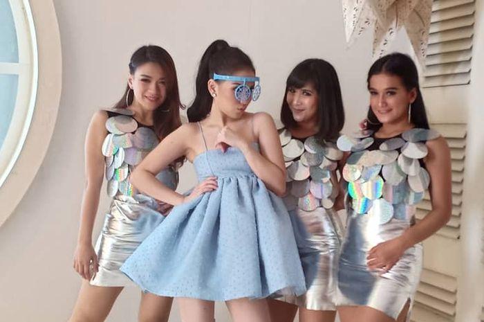 5 Foto Bocoran Konsep Video Klip Terbaru Ayu Ting Ting, Sang Fashion Stylist Mengaku Terinspirasi Ar