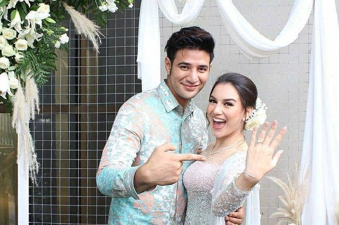 Pertunangan Irish Bella dan Ammar Zoni