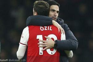 Kemana Mesut Oezil di Saat Arsenal Dipermalukan Tottenham Hotspur?