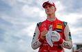 Ikuti Jejak Sang Ayah, Mick Schumacher Resmi Bergabung dengan Ferrari