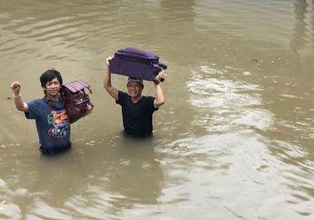 Sepi Job hingga Kisruh Bandnya Dikabarkan Bubar Jalan, Rian D'MASIV Tertangkap Basah Jualan Jersey Demi Bisa Punya Rumah yang Layak Usai Kebanjiran