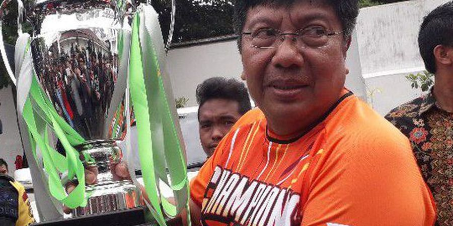 Gede Widiade Diterpa Rumor, Benarkah Ia Mundur dari Persija Jakarta?