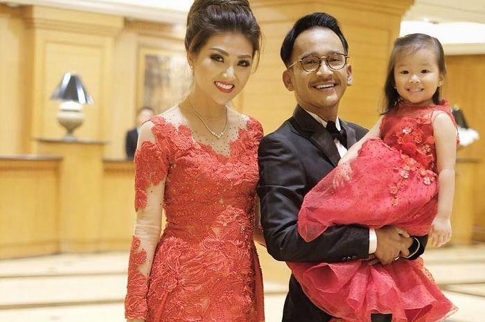 Ruben Onsu dan Sarwendah yang selalu penuh kasih sayang dengan Thalia