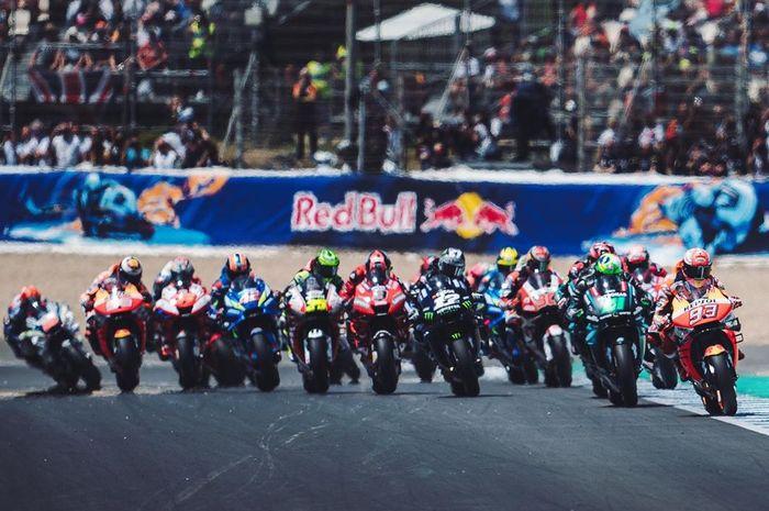 Gelaran balapan MotoGP 2020 disarankan pakai penonton palsu di tribune, begini tanggapan Bos Dorna Sports